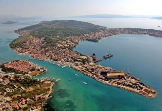 Ciovo island 3 island tour Korsaro from Split