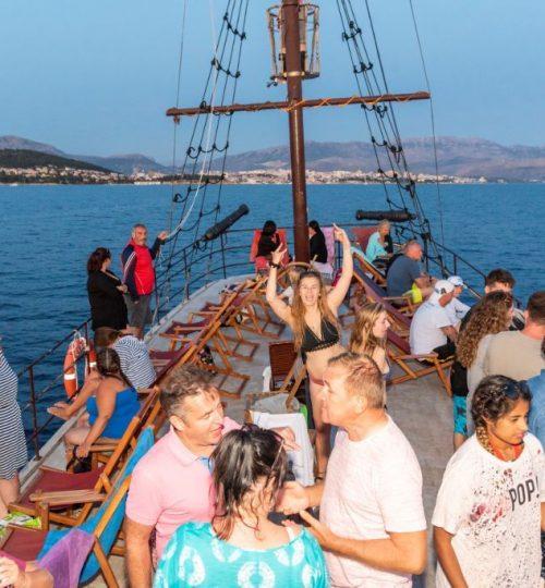 island-tours-korsaro-boat-tour-11