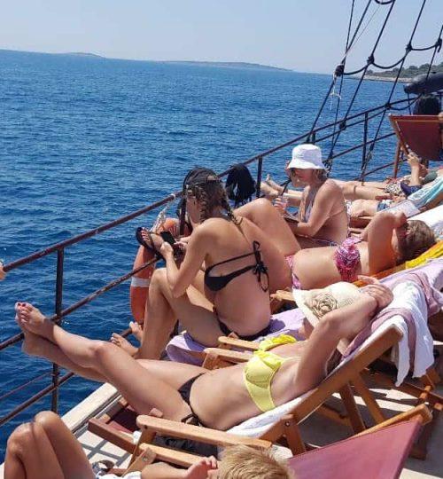 panoramic-sunset-tour-korsaro-boat-tour-3